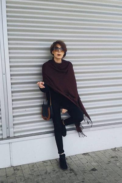 black pull&bear jeans - black H&M sweater