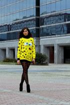 yellow Choies sweatshirt - black Aldo wedges