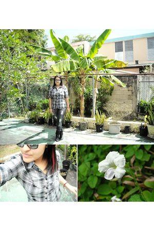 black Deena & Ozzy boots - silver Marshalls shirt