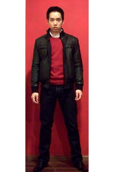 Red Shirt Black Jacket | Outdoor Jacket