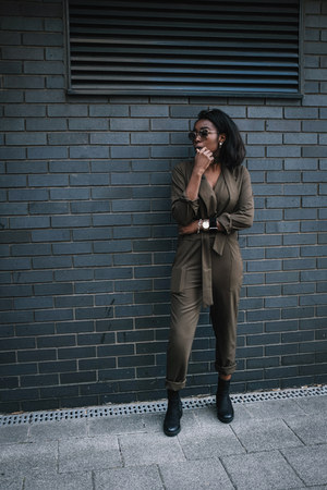 army green jumpsuit Missguided bodysuit - black chelsea boots asos boots