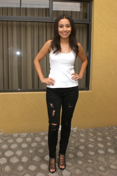 f2e3764fc5 Black skinny jeans citizens of humanity jeans white bershka shirts jpg  400x600 Black jeans for party