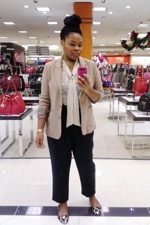 dark gray Forever 21 pants - beige Forever21 blazer