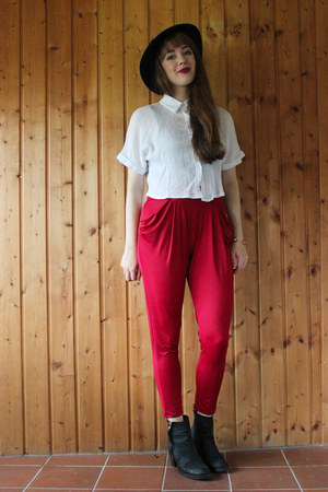 white OASAP shirt - brick red OASAP pants