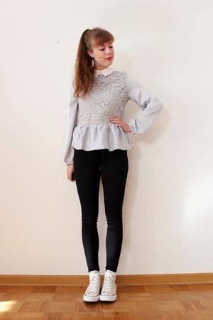 periwinkle Choies blouse - black DrDenim jeans - beige Converse sneakers