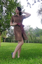 brown Forever 21 dress - red delias scarf - blue modcloth shoes