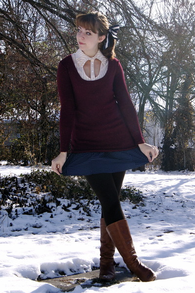 cream modcloth blouse - crimson delias sweater - navy Urban Outfitters skirt - d
