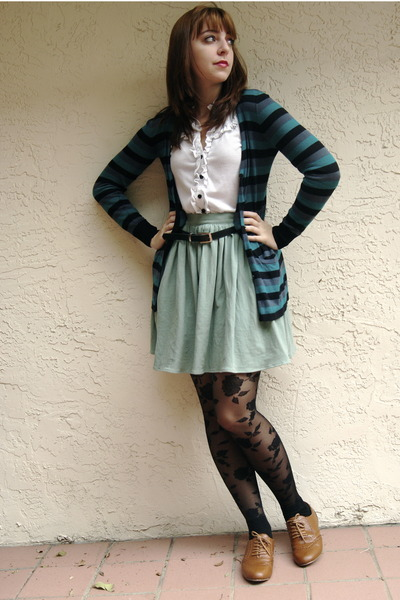 aquamarine American Apparel skirt - black floral print Express tights