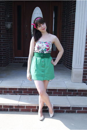 green modcloth belt - white Vintage via Etsy shoes - white Cactus Flower dress