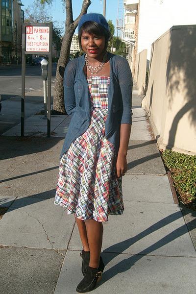 blue beanie H&M hat - brown suede tory burch boots - plaid JCrew dress