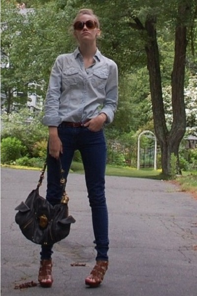 blue Gap shirt - blue madewell jeans - black Rough Roses purse - brown Cynthia V
