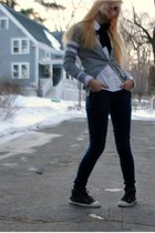 white Old Navy blouse - navy madewell jeans - charcoal gray Bensimon sneakers