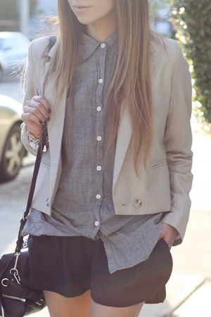 black shorts - beige blazer - heather gray shirt - black purse