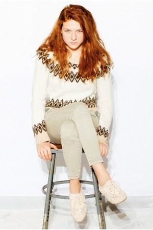 white H&M sweater - green denim American Rag jeans - neutral knit Aphorism flats