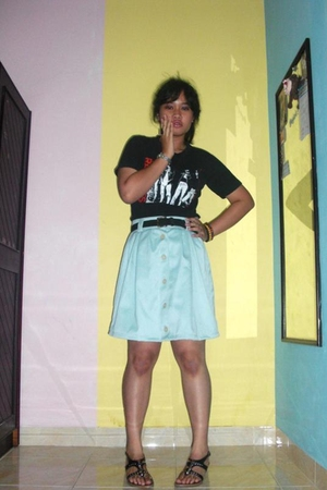 black from Thailand t-shirt - black Levis belt - blue tailored skirt - black vnc