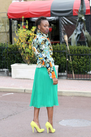 green pleated Forever 21 skirt - floral Insight blazer