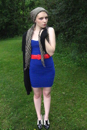 blue thrifted dress - red thrifted belt - black Charlotte Russe shoes - black ko
