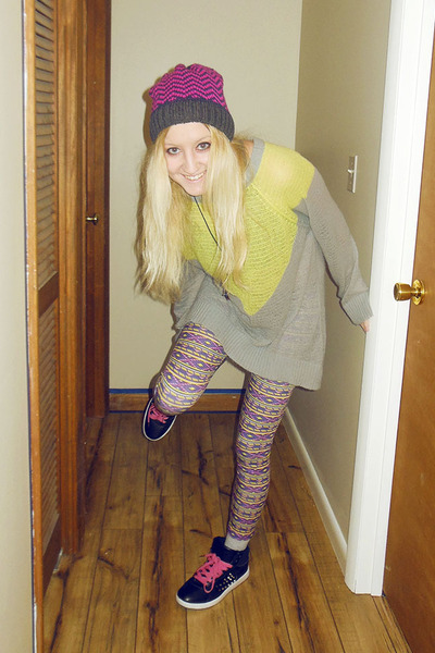 hot pink hat - light yellow sweater - light purple leggings - black sneakers