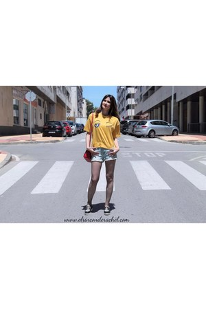 yellow embroidered romwe t-shirt