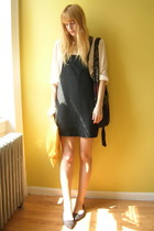 black pinafore vintage thrifted dress