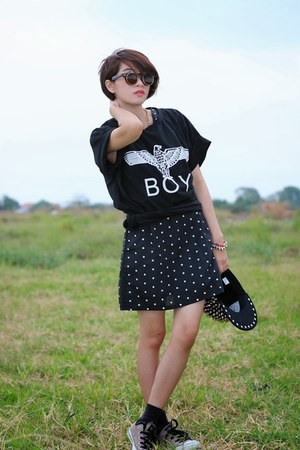 Converse shoes - Coco-fashioncom shirt