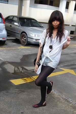 unknown tights - Charles & Keith purse - random market Bangkok shorts - flats