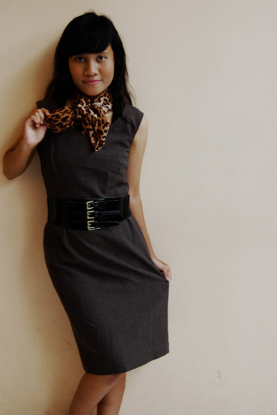 dress - belt - scarf