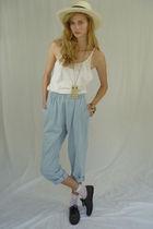 blue pants - black Express shoes