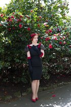 black 1950s dress - black hm gloves - red Charlotte Russe pumps