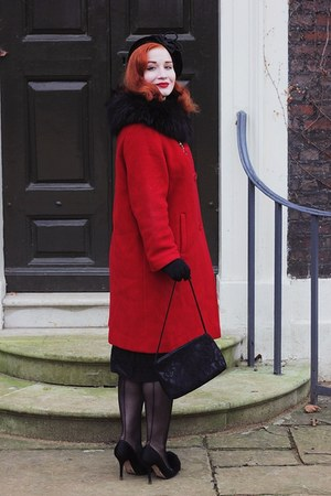 vintage coat - christian dior heels - vintage gloves