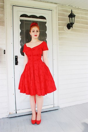 vintage dress - Charlotte Russe heels
