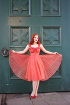 light orange vintage dress - gold vivienne westwood heels