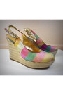 Jessica-simpson-wedges