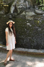 Bow-shaped-vintage-necklace-white-vintage-dress-straw-topshop-hat