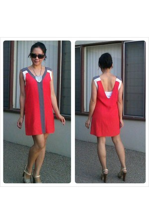 red Parker dress - neutral colorblock Vince Camuto heels