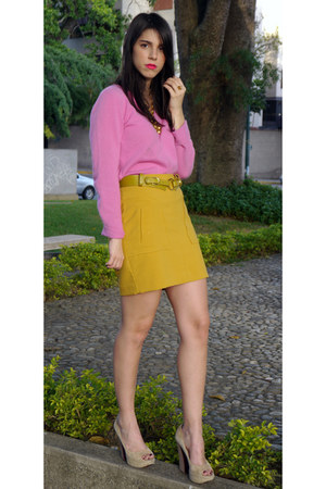 gold Forever 21 skirt - hot pink ann taylor sweater - beige Boutique 9 pumps