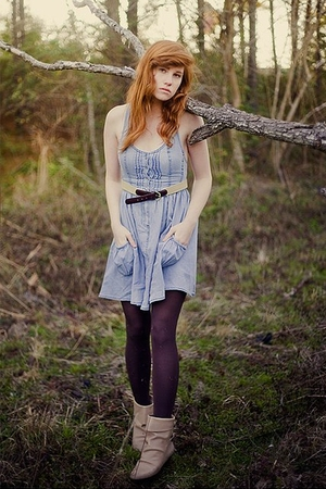 beige unknown boots - brown Generic tights - blue unknown dress