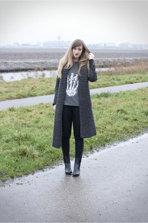 Boohoo shirt - leather boots Choies boots