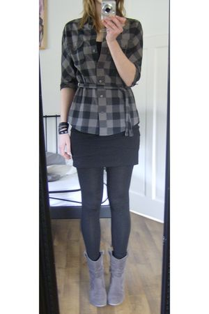 gray Review blouse - black H&M skirt - gray V&D boots