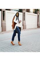 Zara jeans - Bershka shoes - Zara sweater - rayban sunglasses