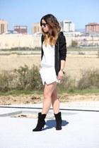 Mango boots - Zara skirt - New Yorker sweatshirt