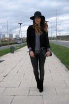 H&M hat - Mango boots - Zara bag