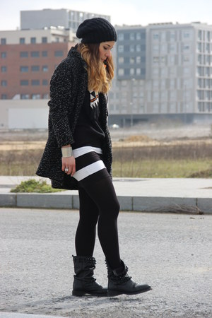 hm skirt - Zara boots - Lefties coat