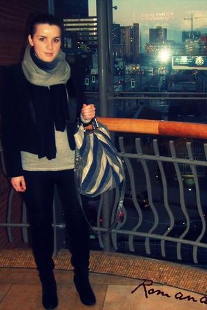blazer - Bata boots - New Yorker scarf