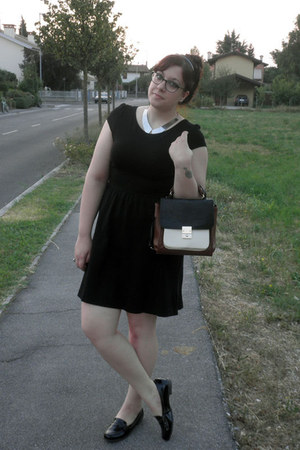 black H&M dress - ivory Accessorize bag - black loafers Deichmann flats