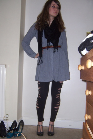 Gap dress - vintage belt - Primark scarf - Primark customised by me tights - sho
