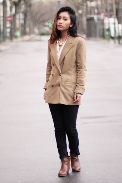 beige Yesstyle blazer - dark brown thefabshoes boots - gold Nelly necklace