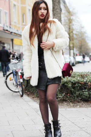 white Yesstyle jacket - ruby red JollyChic bag - black choiescom skirt