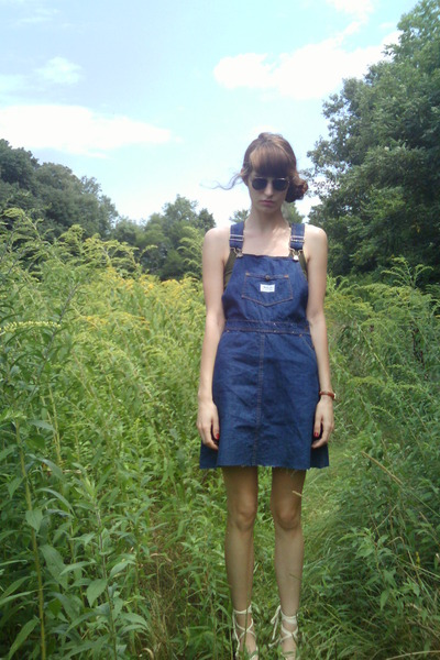 f4dc62ed44 blue Vintage Madewell Overalls dress - green Target Tank top - white  thrifted es