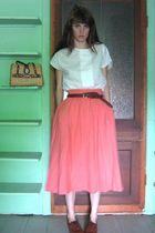 white blouse - pink skirt